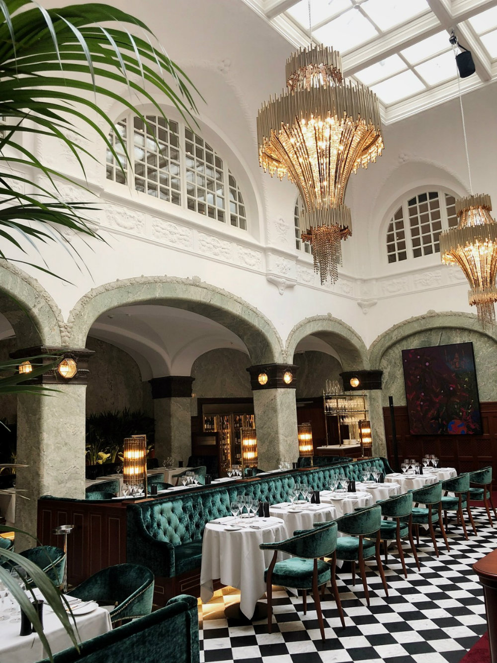 Bank Hotel: Be Inspired By These Luxury Chandeliers