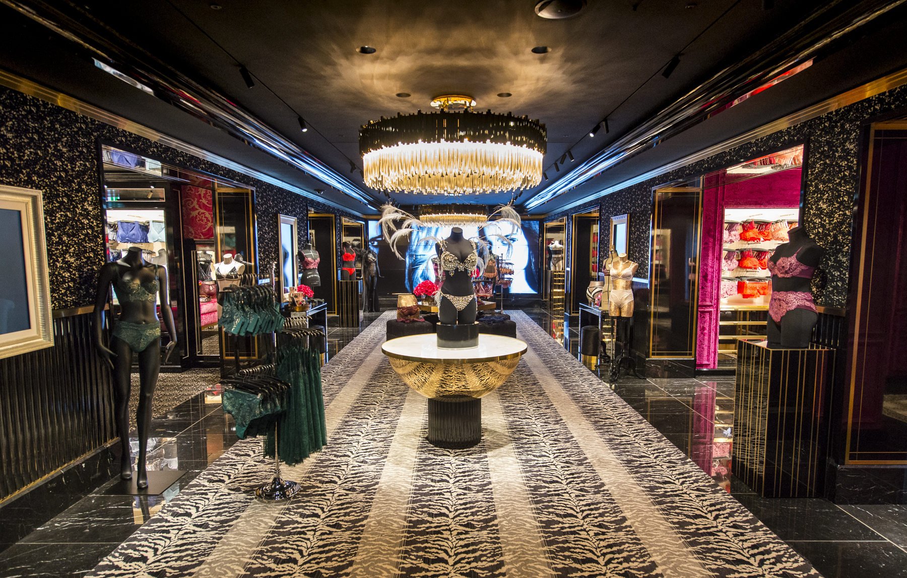 Luxury Lighting At Victoria's Secret Stores Around The World