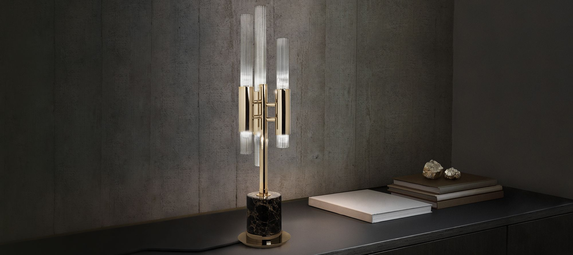 Revamp Your Console Table With These Luxury Table Lamps