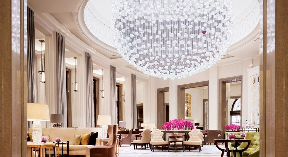 10 of the Most Sparkling Luxury Hotel Lobbies in the World 1