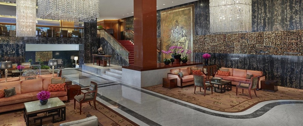 10 of the Most Sparkling Luxury Hotel Lobbies in the World 6