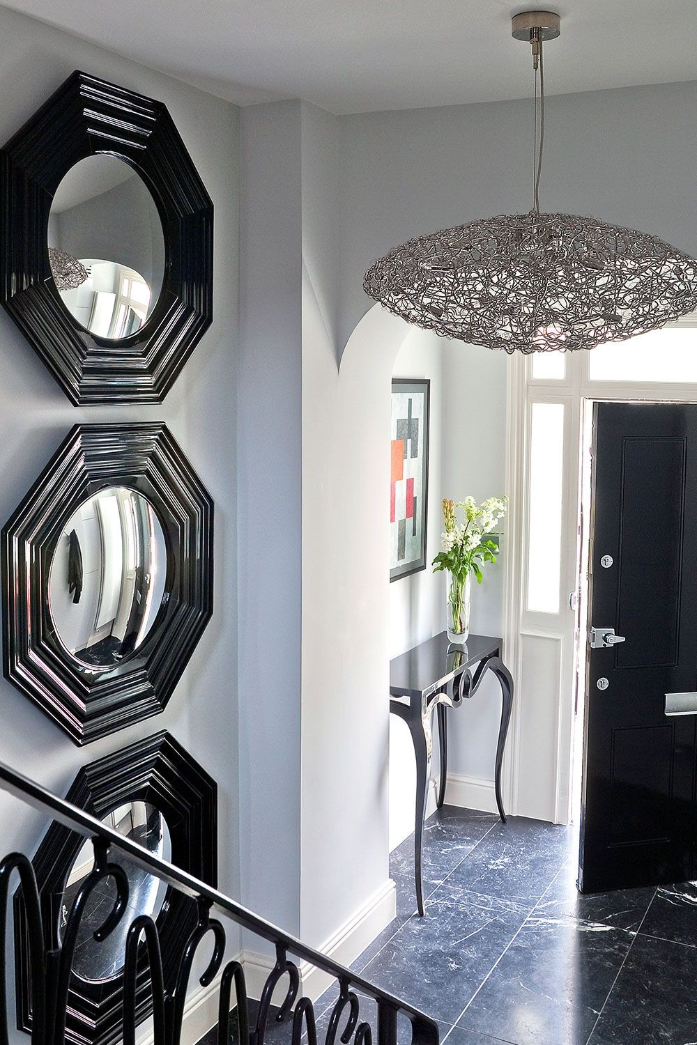 Be Inspired by a Series of Outstanding Entryway Lighting Ideas 10