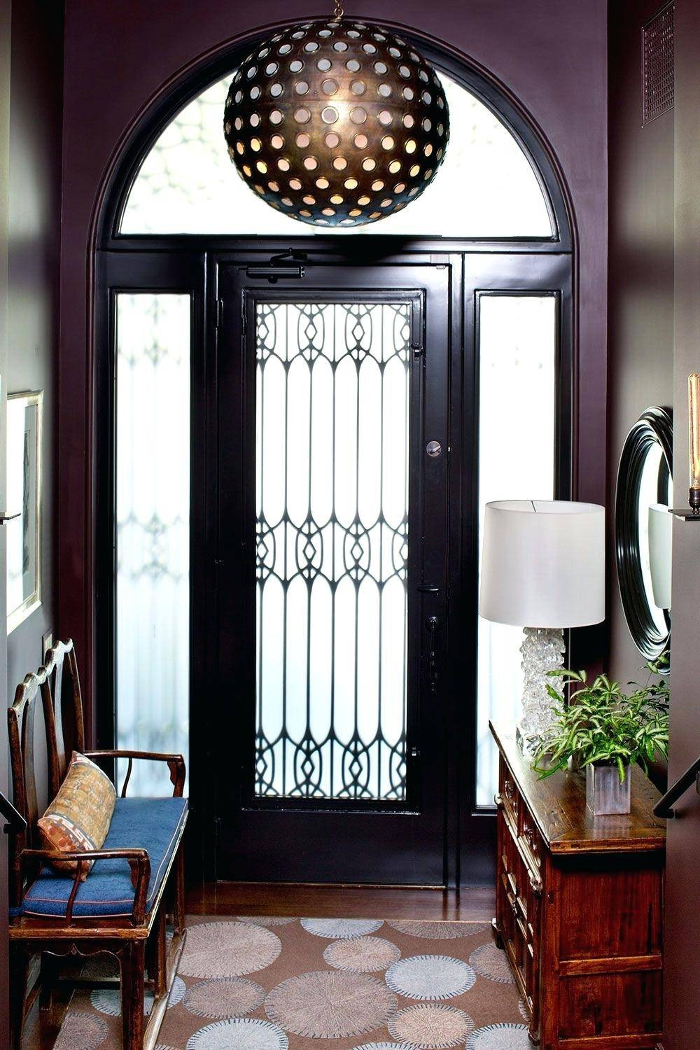 Be Inspired by a Series of Outstanding Entryway Lighting Ideas 4