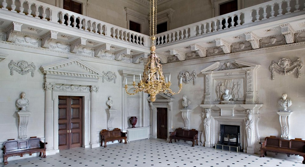 Revere the Most Sculptural Chandeliers Housed in Esteemed Institutions 10