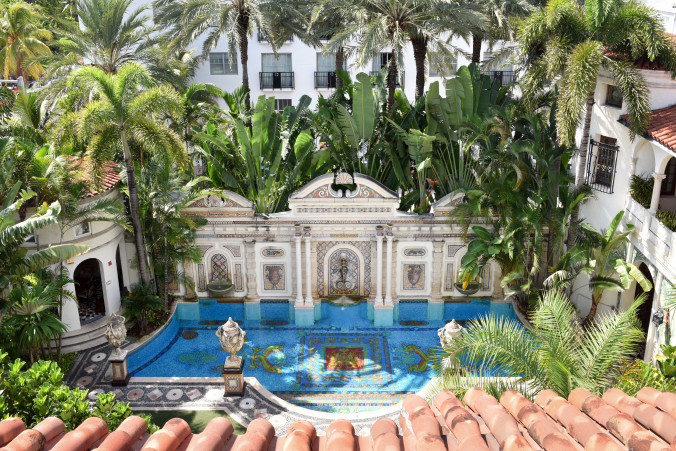 The World's Most Famous Houses: Versace Mansion
